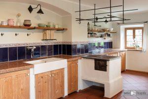 Küche im bäuerlichen Stil